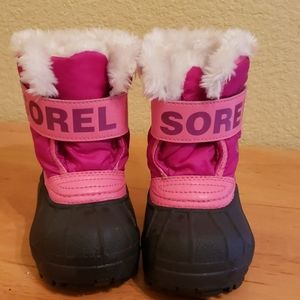 Sorel toddler snow boots